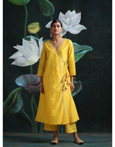 ABHISHTI Angrakha Kurta Adorned With Laced Tassels And Bottom