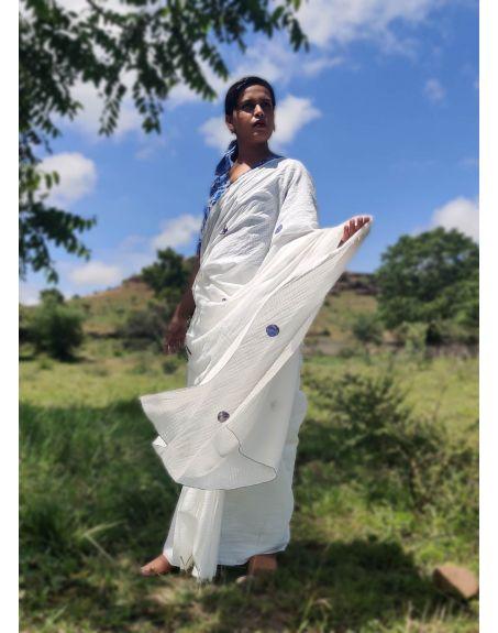 DEETA Nira Classic White Handwoven Mul Cotton Saree
