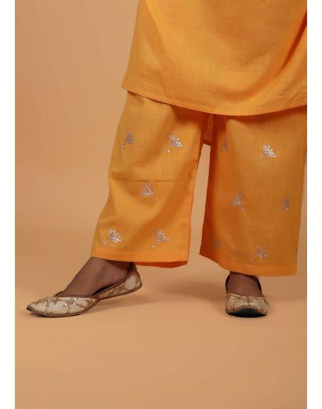 KAMALTAAS Mango Cotton Slub Embroidered Kurta With Pant