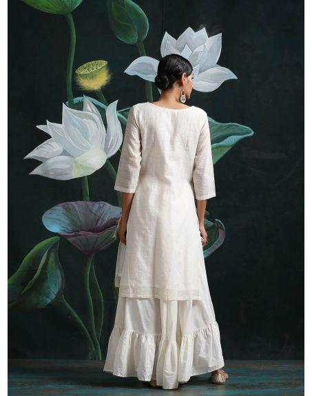 ABHISHTI Kurta With Centre Zari Work Panel & Side Tassel Tie-Up With Tiered Skirt