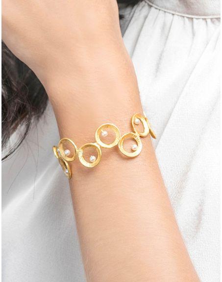 MIKOTO Circular Loop Pearl Cuff